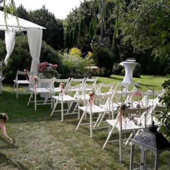 Ślub w ogrodzie - przykładowa aranżacja